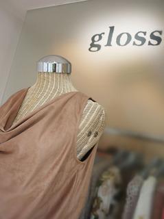 gloss5.jpg